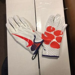 Nike Vapor Knit NCAA Clemson Tiger Football Glove